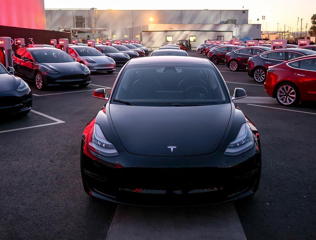 Tesla erreicht Produktionsziel: 5000 Model 3 laufen vom Band